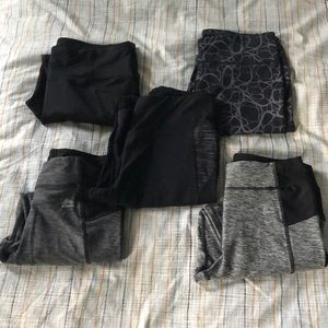 5 Pairs of Black and Gray Athletic Leggings Size S